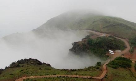 mullayanagiri-peak