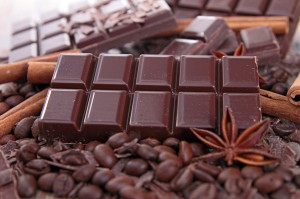 Sweet-chocolate-bar-with-cinnamon-1024x682